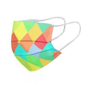 """Mundmaske von Shirtinator mit dem Design """"Rauten"""" in Seitenansicht"""